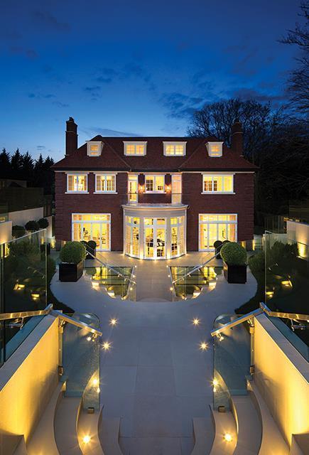8 Bedroom Detached House For Sale In Fairways White Lodge Close N2 N2
