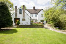 4 bed Detached property in Newdigate, Dorking...