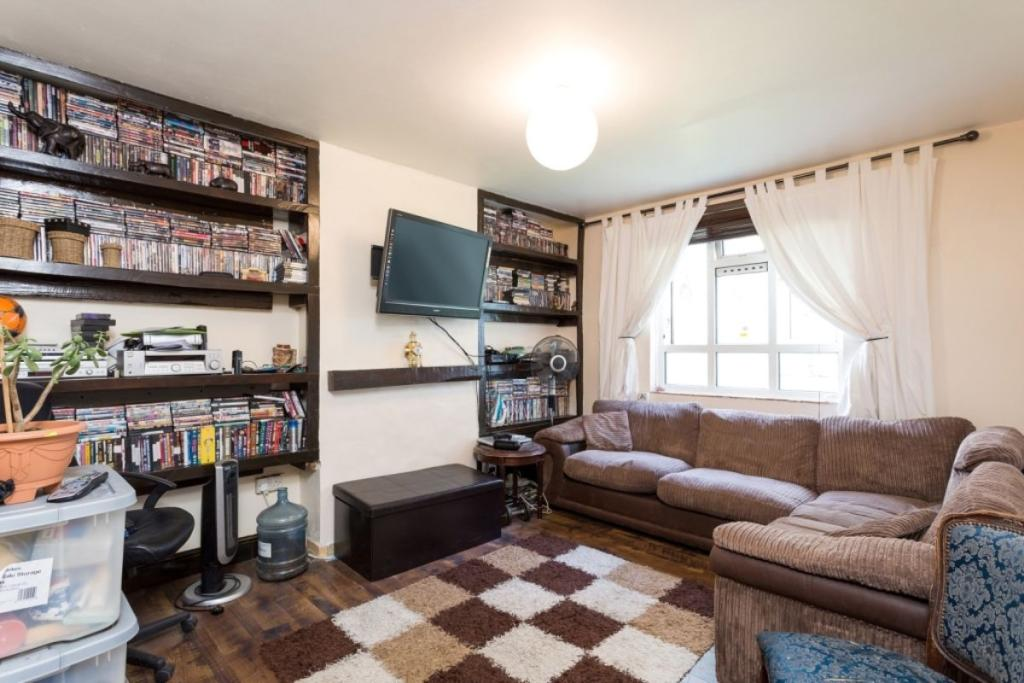 One bedroom flat bethnal green 28 images 1 bedroom for Furniture xpress bethnal green