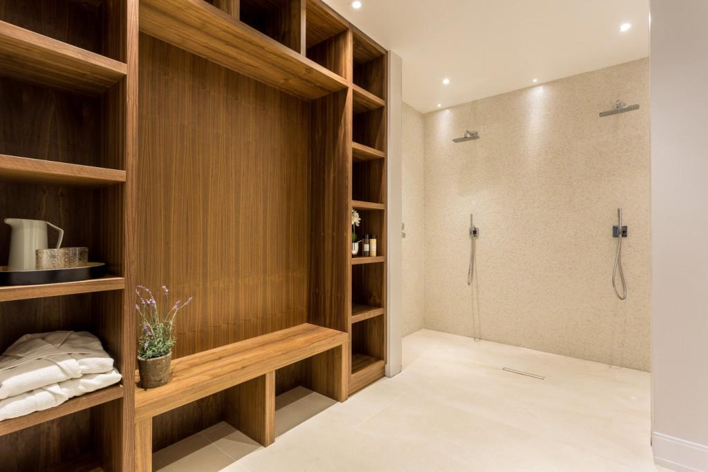 Changing Rm/Showers