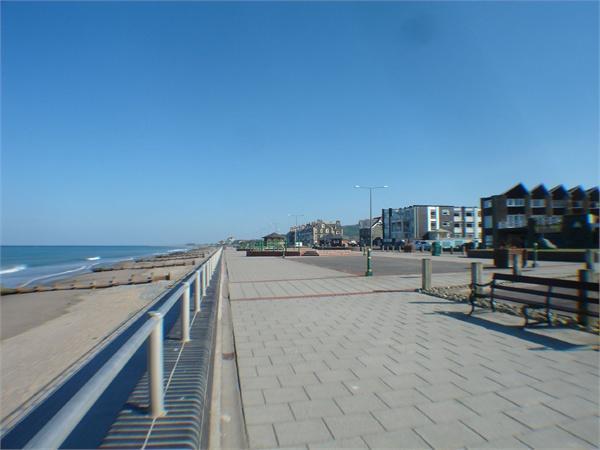 close by Promenade
