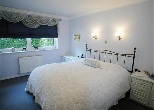 Property to rent in Bagshot - near Ascot and Sunningdale - MASTER