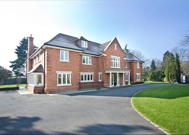 Property to rent in Virginia Water-main  (Main)