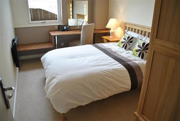 Two bedroom furnishe