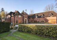 6 bed home in Mirrie Lane, Denham...