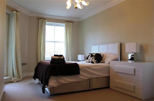 2 bedroom apartment/