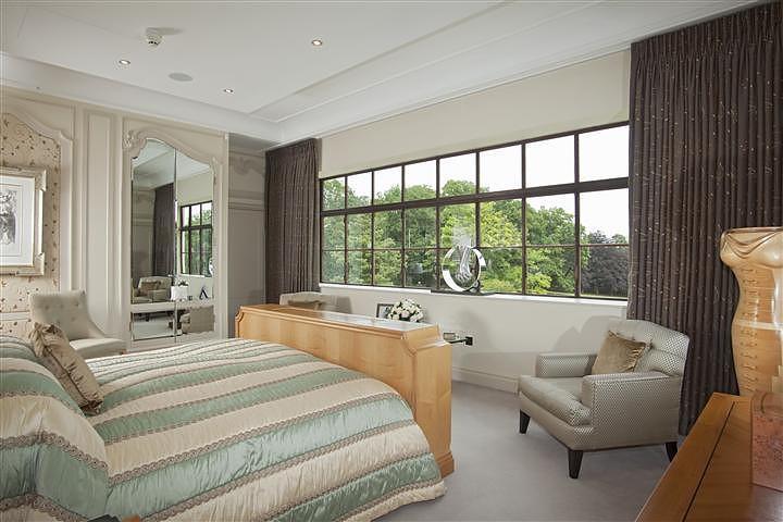 Four bedroom propert