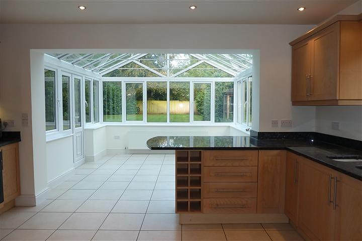 5 bed property avail