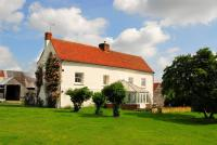 Farm House for sale in Wellinditch Farm Stow...