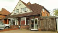 3 bed semi detached house in Haslucks Green Road...