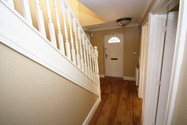G/Floor Hallway