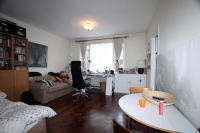 Flat to rent in Park Crescent, London...