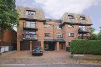 2 bed Apartment in Canterbury Court...