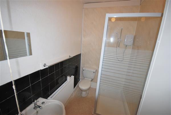 1st Shower room