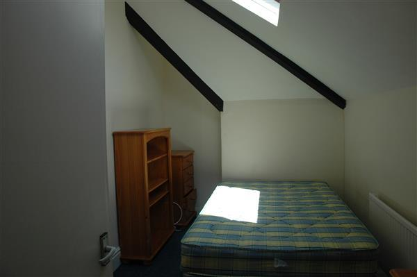 Bedroom 8 ( top