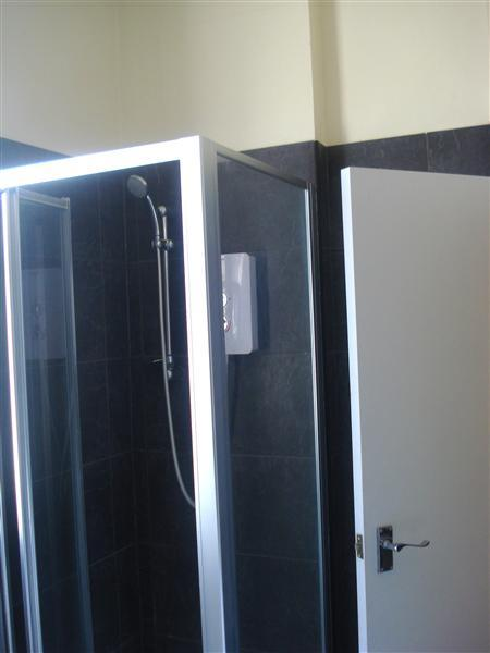 Shower room with w/c