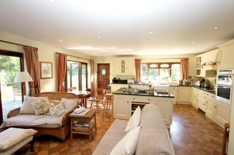 5 Bedroom Detached House For Sale In Bucklebury Berkshire Rg7