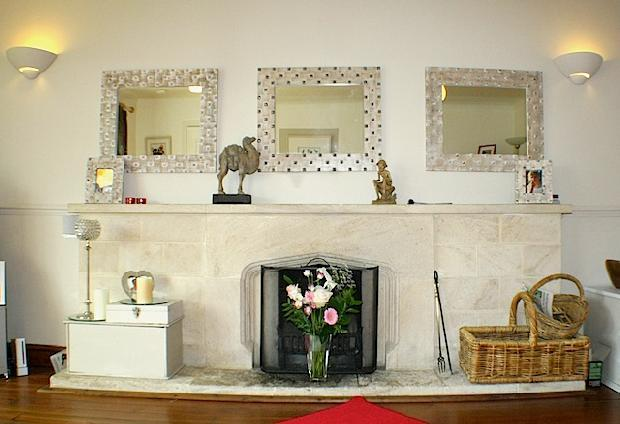 FEATURE  - LOUNGE STONE FIREPLACE