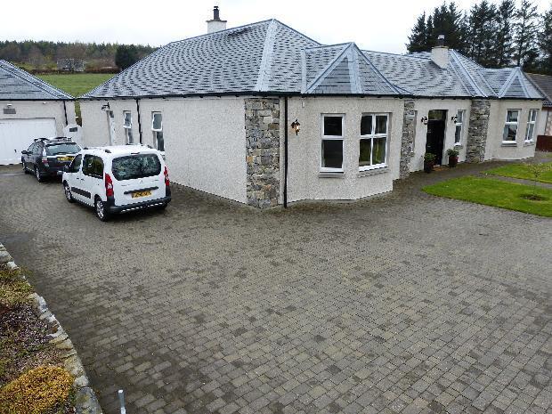 Garden Cottage driveway