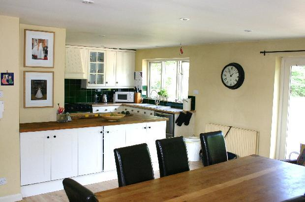 kitchen dining room