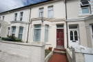 Terraced home to rent in Windsor Road...