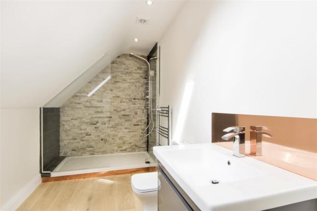 Penthouse Apt - Mill