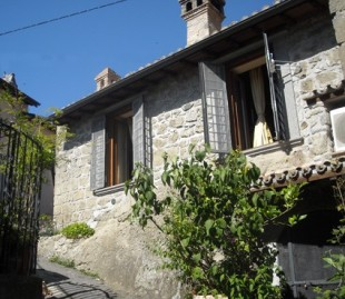 Lazio Cottage for sale