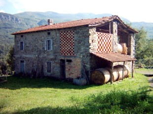 Emilia-Romagna Farm House for sale