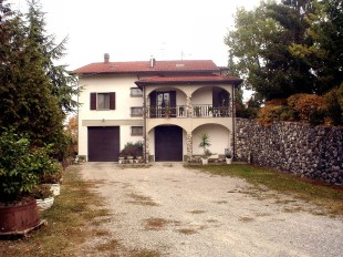 3 bed Villa for sale in Emilia-Romagna...
