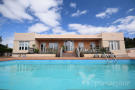 4 bedroom semi detached home for sale in Canary Islands...