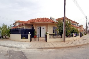 3 bed Detached Bungalow for sale in Famagusta, Avgorou