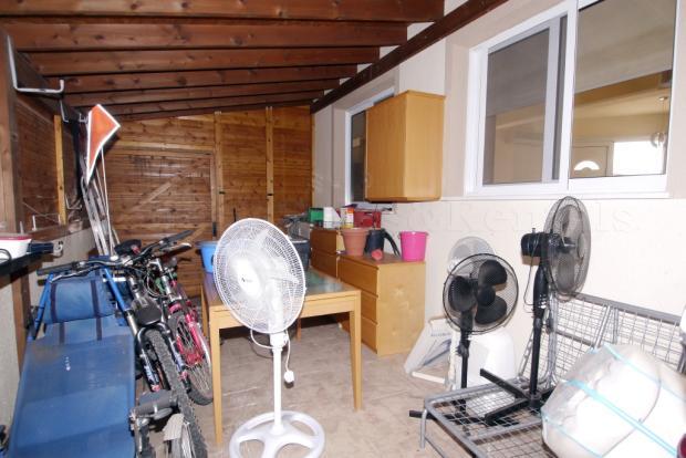 Store/Garage