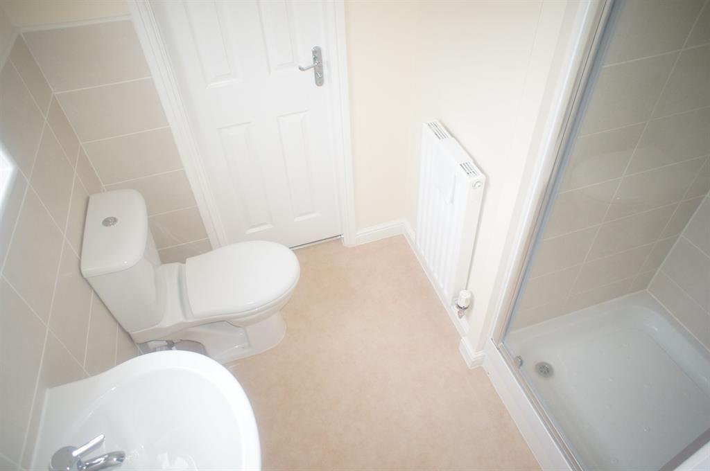 Bedroom 3 & 4 En-Suite