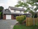 5 bedroom Detached home in Llwyn Y Garth...