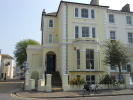 2 bed Flat to rent in Hyde Gardens, Eastbourne...