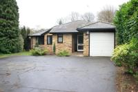 4 bedroom Detached Bungalow to rent in Oak End Way, Woodham