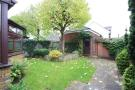 3 bed house to rent in Clerics Walk, Shepperton