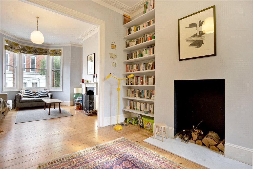 3 bedroom terraced house for sale in malfort road for Bedroom ideas victorian terrace
