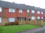4 bed Terraced house to rent in Robert Cramb Avenue...