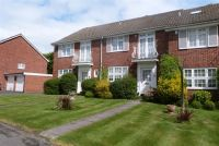 3 bedroom property to rent in Sunningdale Close...