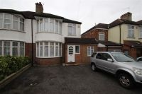 3 bed house to rent in Alton Avenue, Stanmore