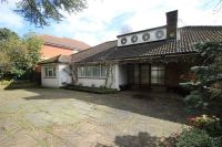Bungalow in Fallowfield, Stanmore