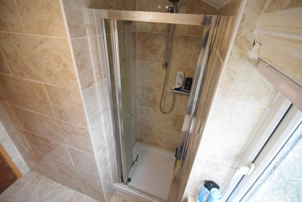 shower unit (shower