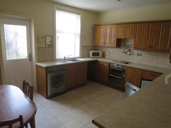 2992_9016KITCHEN.jpg