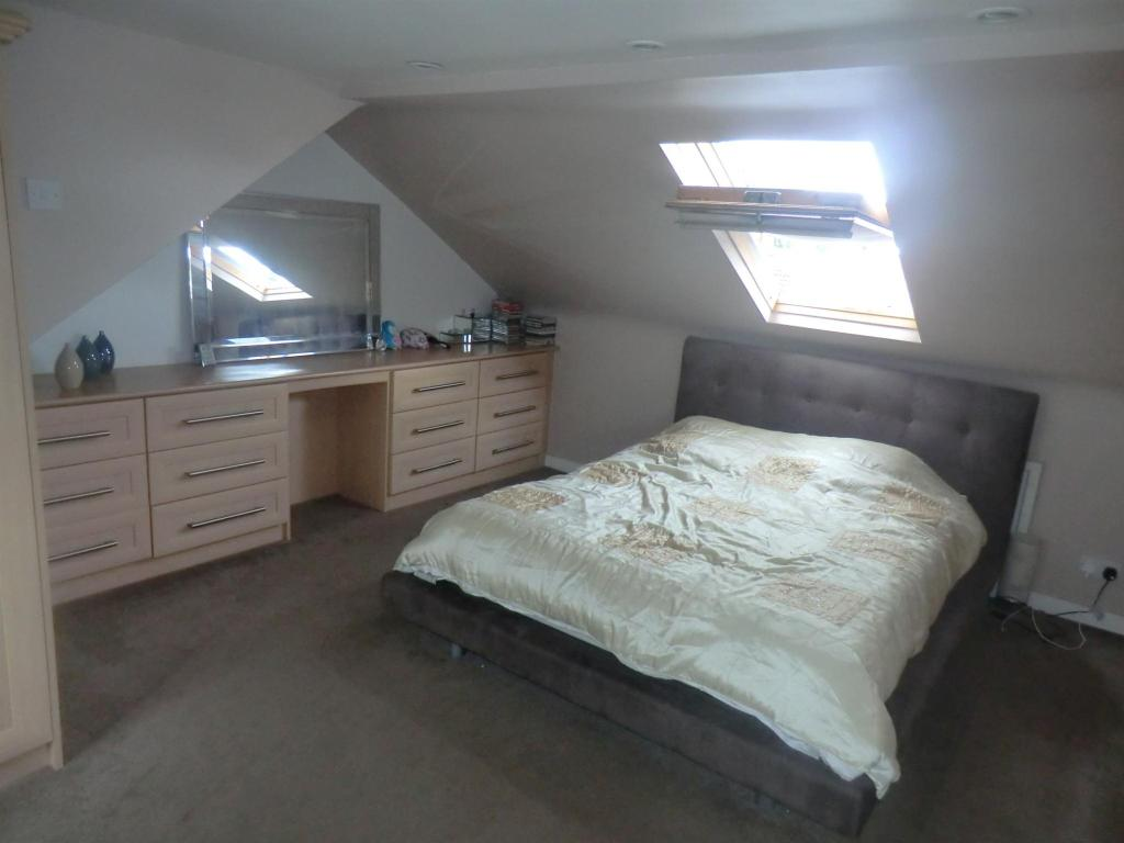 4 bedroom house for sale in alvanley road west derby for Homes with master bedroom on first floor for sale