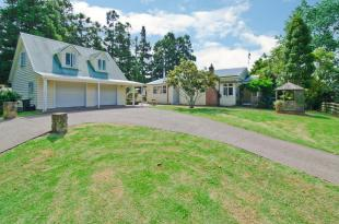 4 bedroom house for sale in Helensville, Rodney...