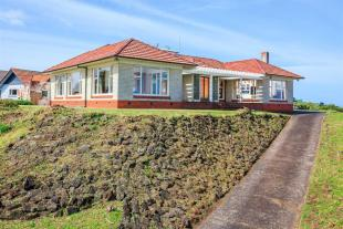 3 bed house in Devonport, North Shore...