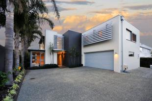 4 bedroom house for sale in Takapuna, North Shore...