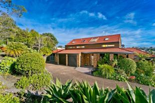 5 bedroom property in Murrays Bay, North Shore...