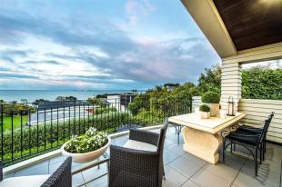 4 bedroom property in Castor Bay, North Shore...